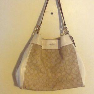 Coach purse!!!